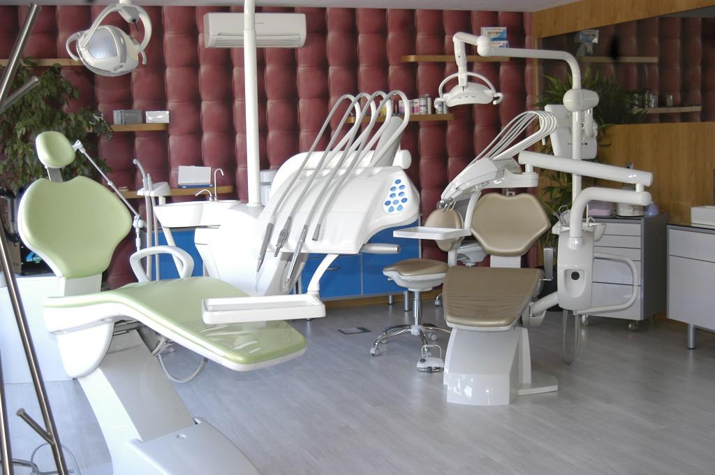 A empresa já equipou clínicas dentárias em todo o mundo