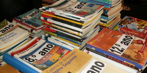 manuais escolares