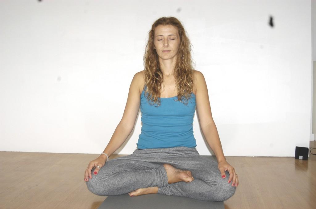 Logo nas primeiras semanas Marta conseguiu ter duas aulas de yoga para adultos completamente cheias
